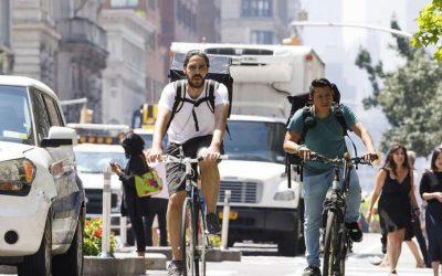 Procvat iznajmljivanja bicikala i manjih električnih vozila stanovnicima pruža nove načine transportaEPA - Ilustracija